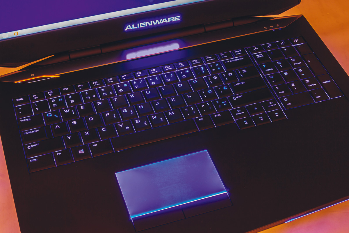 DELL Alienware 17 12