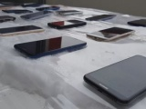 VIDEO: Kako se 25 budget telefona držalo na hladnoći